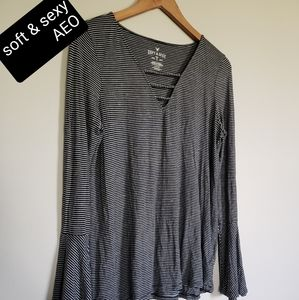 American Eagle outfitter soft and sexy size large